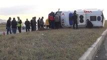 Kars?ta Ambulans Takla Attı: 1 Ölü, 4 Yaralı