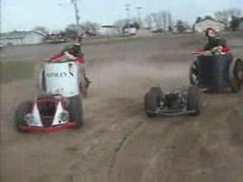 Motorized_chariots_racing
