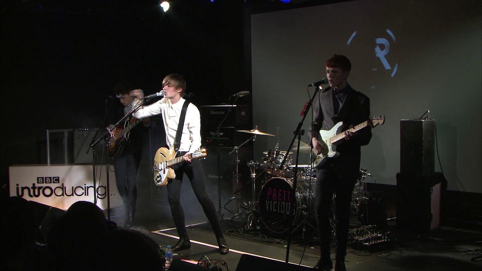 Rising & BBC Introducing - The Tones - Dodd