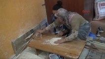 Yozgat İtalyan Öğrenciler Hamur Açtı, Gözleme Pişirdi