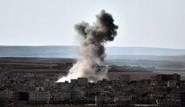 Syrie : images des frappes aériennes américaines sur la ville de Kobané