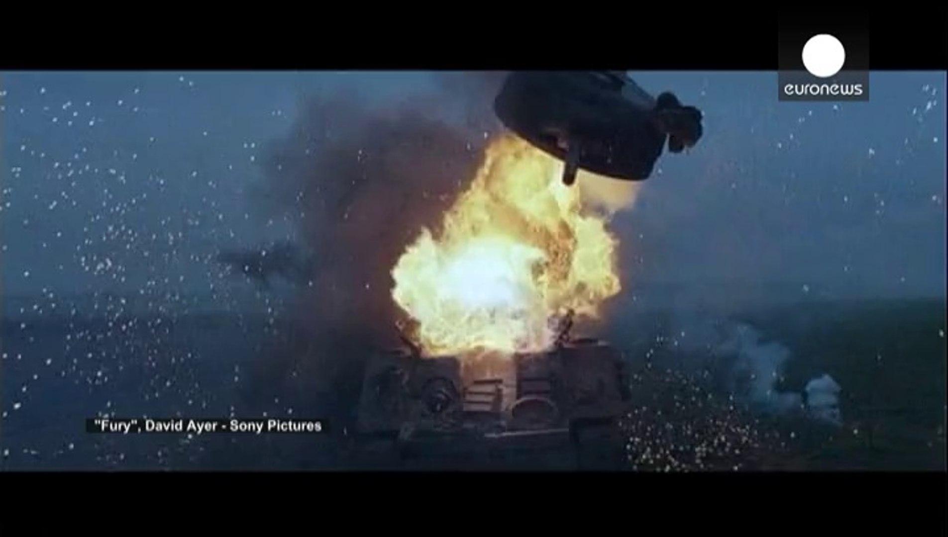 براد بيت يقاتل على ظهر دبابة في فيلم