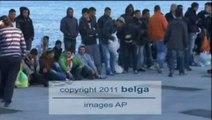 Berlusconi en Tunisie pour régler le 'problème immigration'