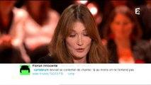 Sur France 2, Carla Bruni-Sarkozy lit tout haut un tweet désagréable