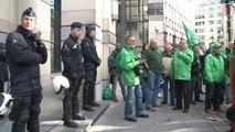 Plus de 250 facteurs de bpost dans les rues: Labille appelle à la concertation sociale