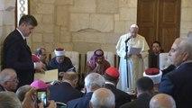 Le pape François appelle juifs et musulmans à travailler ensemble pour la paix