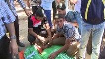 Tsahal pilonne Gaza, Israël visé depuis trois fronts