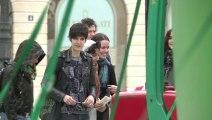 L'érection d'un arbre de Noël place Vendôme fait débat
