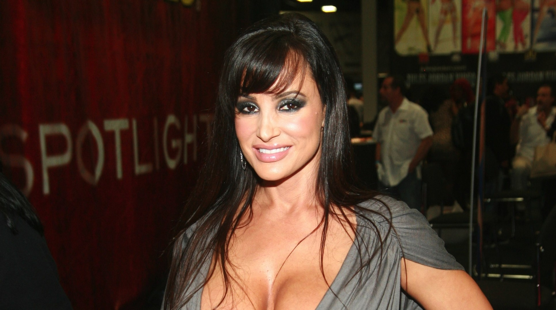Porn Star Lisa Ann & Notre Dame Football Player Justin Brent Take Post-Sex Selfie
