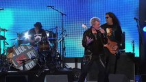 Billy Idol, Steve Stevens and the band perform 'Rebel Yell' on Jimmy Kimmel Live!
