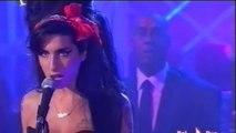 """Amy Winehouse - Back To Black (""""Quelli che il calcio..."""" del 04-11-2007)"""
