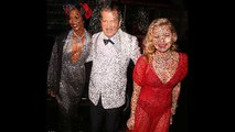 Kate Moss and Naomi Campbell show they're model material at Mario Testino's party