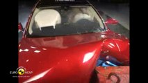 La berline électrique Tesla Model S obtient cinq étoiles aux crash-tests Euro NCAP
