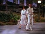 Fred Astaire and Cyd Charisse - Dancing In The Dark
