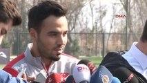 Milli Futbolcu Volkan Şen, Brezilya ve Kazakistan Maçları Öncesi Açıklamalar Yaptı