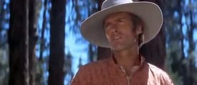 """Clint Eastwood chante """"I Talk To the Trees"""""""