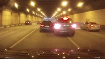 Street Race Crash dans un tunnel