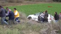 Çanakkale Kontrolden Çıkan Otomobil Tarlaya Uçtu; 3 Yaralı