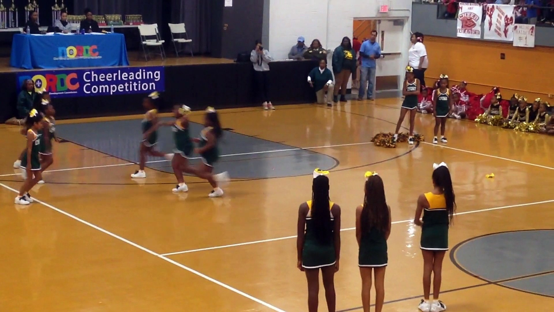Cheerleading competition 6.1