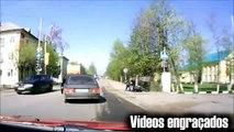 Vídeos batidas  de  motos caindo de  moto acidentes tombos  vídeos engraçados  compilação fail