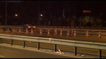 Metrobüs ile Minibüs Kafa Kafaya Çarpıştı: Minibüs Şoförü Hayatını Kaybetti