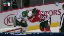 Bagarre en Hockey sur glace : Antoine Roussel vs Andrew Shaw Nov 16, 2014
