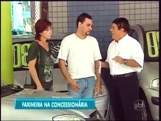 pegadinha Silvio Santos - Faxineira Concessionária