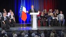 Nicolas Sarkozy et ses militants critiquent François Bayrou