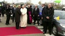 Les eurodéputés font un accueil chaleureux au pape en visite