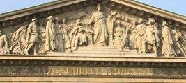 Adoption de la loi Simone Veil en faveur de l'interruption volontaire de grossesse (IVG)