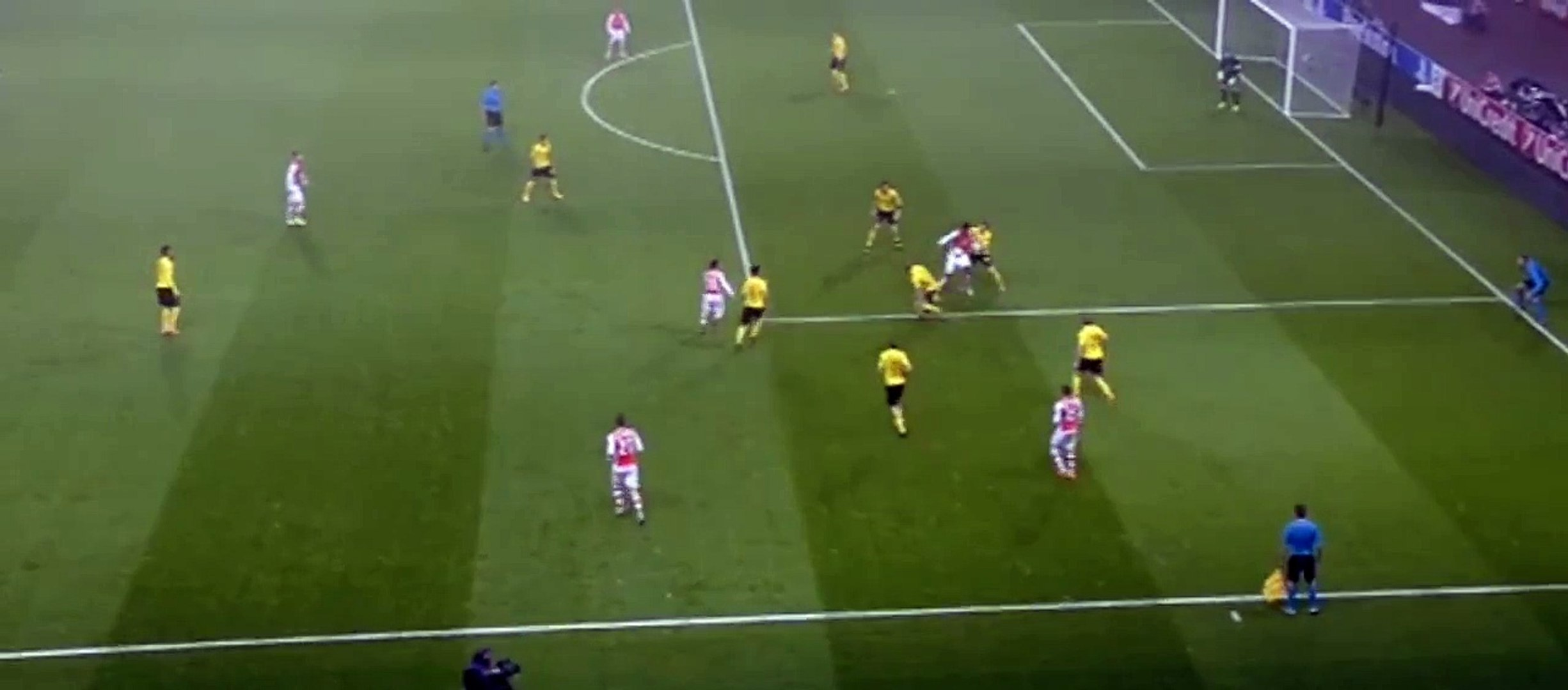 Yaya Sanogo Goal Arsenal 1 - 0 Dortmund 26/11/2014