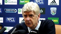 Wenger gets angry after question about fans banner