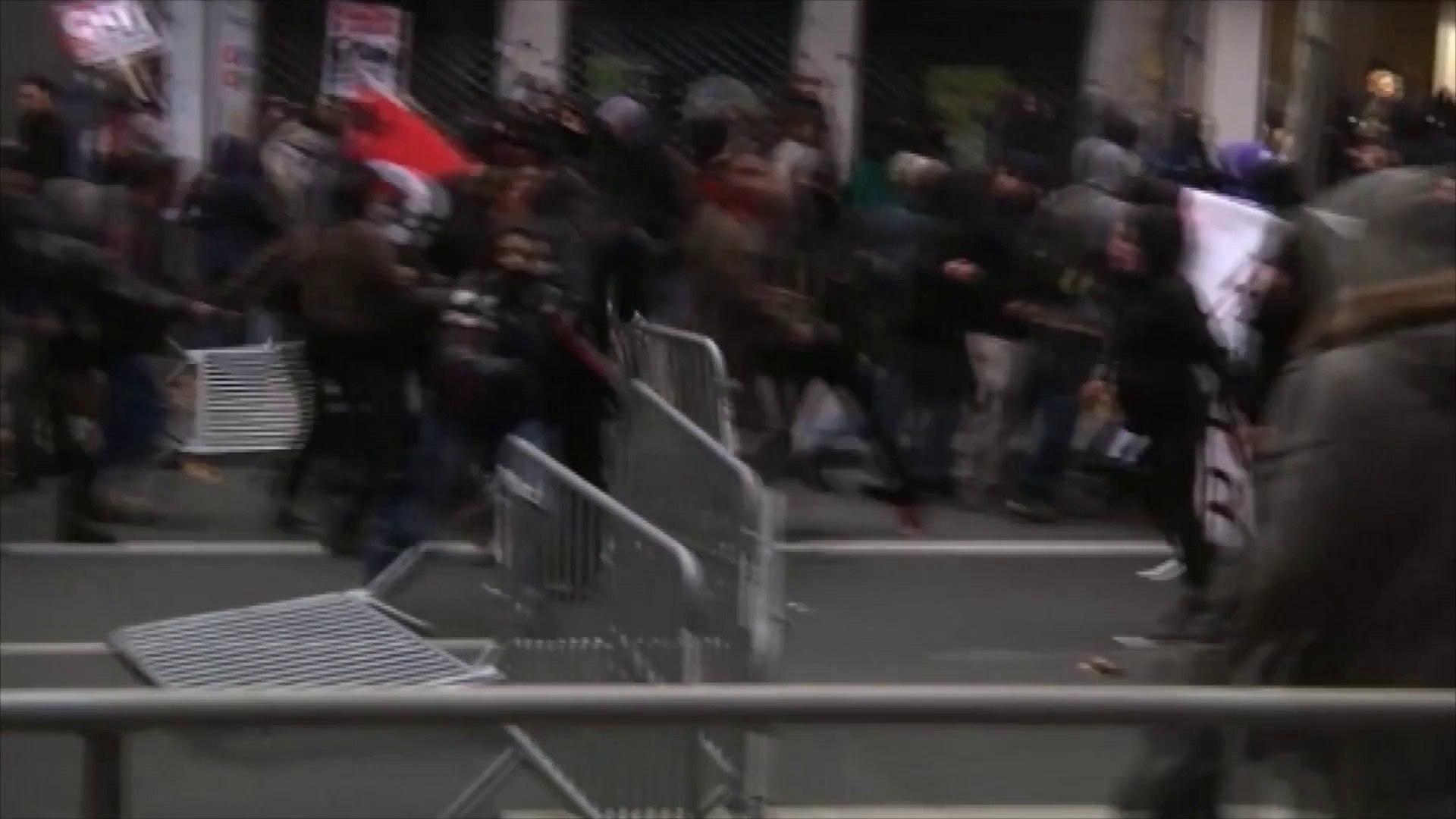 Violences en marge du congrès du Front national à Lyon