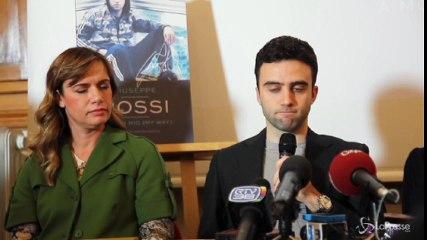 L'attaccante della Fiorentina Giuseppe Rossi presenta la sua biografia 'A modo mio'