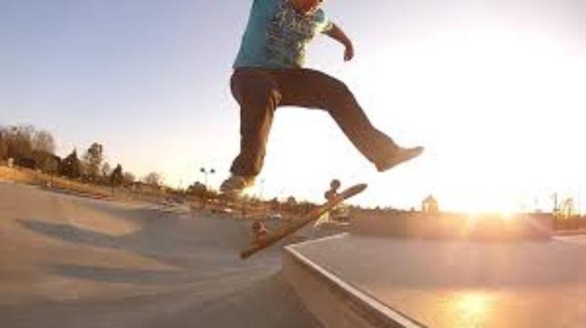 330lb Fat Guy Skateboarding 360 Flip Grinds Tricks Video Dailymotion
