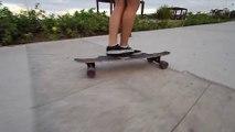 Cute woman on a longboard : so so talented!
