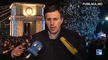 """De Ziua Naţională a României, primarul de Chișinău, Dorin Chirtoacă, a intonat imnul ţării. """"La mulţi ani, România! La mulţi ani, Români! La mulţi ani nouă tuturor!"""""""