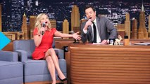 "Reese Witherspoon Sings ""Random Phrase"" Christmas Carols With Jimmy Fallon"