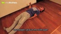 Tuvalet Kağıdına Biber Gazı Sıkarak İntikam Alan Sevgili