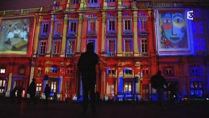 Fête des lumières : Des lyonnais illuminent la place des Terreaux, enfin !