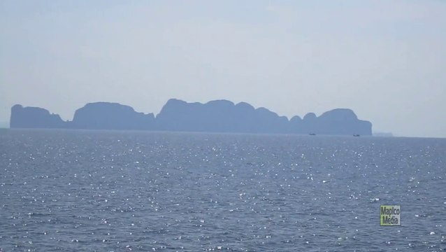 MAPICO Travel: Thailand ~ Ferry to Phi Phi Island #2 (0:37)