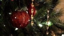 Saving Christmas - Bande-annonce du plus mauvais film de Noël de tous les temps - VO