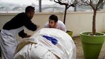 Montage maison de réfugiés gonflable M2B Gonflable- M2B Inflatable M2B Gonflable fabricant de gonflable sur mesure