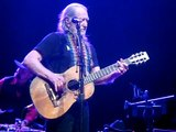 Willie Nelson - Mamas Don't Let Your Babies.../Angel Flying To Close... - Madison, WI - 4/14/2013