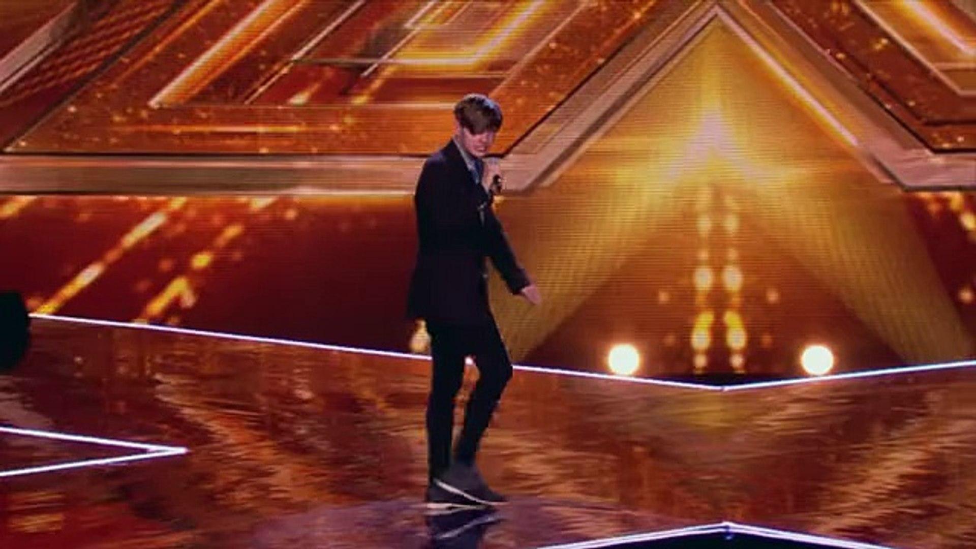 Hayden Leeman sings Joan Jett's I Love Rock And Roll - Boot Camp - The X Factor UK 2014 - offic