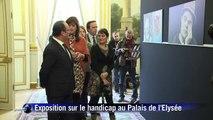 """Hollande veut """"changer le regard"""" de la société sur le handicap"""