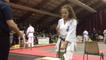 Le concours de casse à l'open de karaté kyokushin