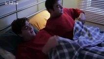 Des jumeaux siamois qui se font du bien mutuellement (vostfr)
