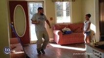 Quand papa fait sa danse ridicule - Compilation de danses de papas bien fun!