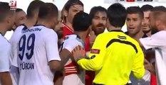 Beşiktaşlı Oyuncular, Hakemin Kırmızı Kart Kararını Değiştirtti